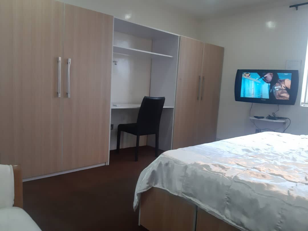 IKOYI FAIRVIEW SPACIOUS EXECUTIVE STUDIO 18